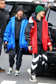 Hailey Rhode Bieber and Justin Bieber - Out in New York Justin Bieber Outfits, Justin Bieber Style, Justin Bieber Paparazzi, Hailey Baldwin Style, Baggy Clothes, Fashion Couple, Couple Outfits, Hoodie Outfit, Autumn Street Style