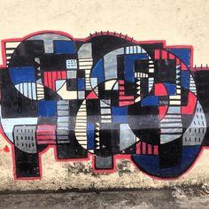 More details of the work, place and artist: http://streetartrio.com.br/artista/bandeira/compartilhado-por-streetartrio-em-sep-10-2013-2212/ /  #bandeira #streetartrio #streetphotography #buildinggraffiti #graffitiart #art #streetart #handmade #street #graff  #urban #wallart #spraypaint #aerosol #spray #wall #mural #murals #painting #arte #color #streetartistry #artist #grafiti #urbano #rue #guerillaart