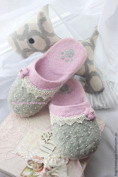 """Купить Валяные тапочки из овечьей шерсти """"Нежнее нежного"""" - бледно-розовый, розовый, нежность"""