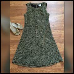 "Ann Taylor Loft Dress Fully lined sleeveless dress. Shell & lining - 100% polyester. Size 6. Length measured from center back approx 42"". Ann Taylor LOFT Dresses Midi"