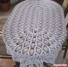 Попросила мама связать ей скатерть крючком! Но стол не круглий и даже не квадратный, он овальный. И все бы ничего, но достойных схем в инете нету, много красивых круглых. Так вот мой вопрос!