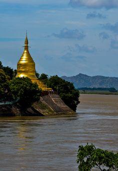 Irrawaddy River - Bagan, Myanmar