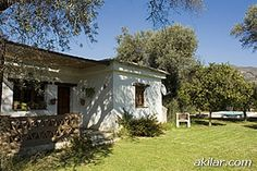 Today we have a 2 bedroom, 1 bathroom villa in the Sierra Nevada area of Spain. If you are looking to book a holiday in Spain, just click on the link for photos, more info and you can also contact the owner directly.  http://www.akilar.com/listing--1550.html