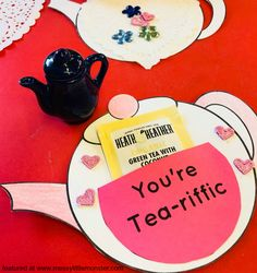 You're Tea riffic teapot craft. Free printable template available. An easy mother's Day card idea for kids to make. Great for toddlers and preschoolers.