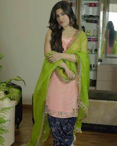 Kaur B, Simply Beautiful, Beautiful Women, Fashion Poses, Female Bodies, Sari, Boutique, Suits, Hot