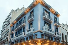 Transfer Airport Thessaloniki to Bahar Boutique Hotel Thessaloniki Best Hotels, Open House, Multi Story Building, Mansions, House Styles, Places, Thessaloniki, Fancy Houses, Mansion