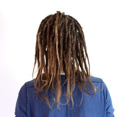 This last summer Max decided that he wanted to get dreadlocks done. Here is a photo of his dreadlocks now. They are starting to mature och form by them self. You can find our salon in Stockholm Sweden. My next travel plans: Bali: feb/ March 2016 Portugal: August 2016 If you are enough people that want me to come somewere and do hair let me know! ✌️