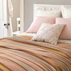 Pinch of Spice Zanzibar Bed | Nana's Attic | Pine Cone Hill