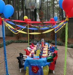 superhero party, love the balloons holding up the Accessories Goods Stuffs Superhero Party Decorations, Kids Party Themes, Party Ideas, Hulk Birthday, Superhero Birthday Party, Man Birthday, Birthday Ideas, Birthday Parties, Superman Party