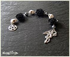 Dark Goddess pagan prayer beads by Witchling-Ashara.deviantart.com