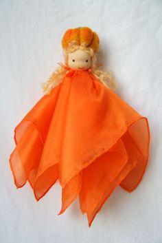 Silk Fairy pumpkin waldorf inspired by elfenwiege on Etsy Fairy Crafts, Felt Crafts, Crafts To Make, Waldorf Crafts, Waldorf Toys, Fairy Clothes, Felt Fairy, Fairy Jewelry, Ideas Geniales
