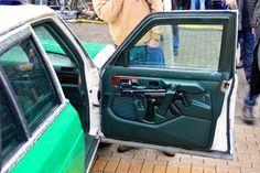 Door molded gun mount for MP5.