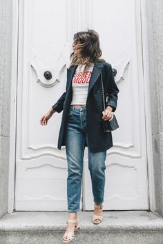 Current_Mood_Striped_Top-Denim_Jeans-Topshop-Dune_Sandals-Outfit-Street_Style-Collage_Vintage-21