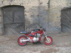 http://3.bp.blogspot.com/_DGX8yV6BGKY/TSJSLwfvSKI/AAAAAAAAAAw/qHn4gIcCmI8/s1600/Cafe+Racer.jpg
