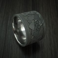 Wide Damascus Steel Celtic Irish Claddagh Ring Hands Clasping Heart Band Carved Any Size Irish Wedding Rings, Wedding Rings Vintage, Diamond Wedding Rings, Vintage Rings, Damascus Ring, Damascus Steel, Claddagh Rings, Irish Celtic, Unique Rings