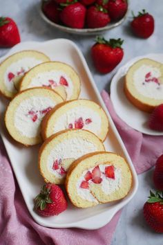 Fresh Strawberry and Cream Japanese Cake RollYou can find Japanese cake and more on our website.Fresh Strawberry and Cream Japanese Cake Roll Japanese Roll Cake, Japanese Sweets, Japanese Strawberry Roll Cake Recipe, Japanese Food, Cake Roll Recipes, Dessert Recipes, Sushi Recipes, Gourmet Desserts, Strawberries And Cream