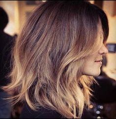 Some are too short and some are too long, but these twenty cuts are just right: The long bob hairstyle is officially the cut of the moment. The long bob. Blonde Ombre Short Hair, Brown To Blonde Ombre, Ombre Hair, Brown Balayage, Caramel Balayage, Short Balayage, Long Bob Haircut With Layers, Layered Bob Hairstyles, Pixie Haircuts