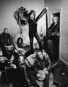 Epic Rights began work with Aerosmith in the Mid at Texas World Music Festival in Dallas Rock And Roll Bands, Rock N Roll, Green Day, Music Lyrics, My Music, Music Notes, Rock Music, Mark Seliger, Steven Tyler Aerosmith