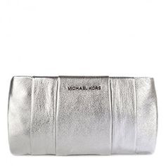 Michael Kors Daria Leather Silver Pleated Clutch Metallic Bag New Silver Purses, Silver Clutch, Metallic Bag, Evening Bags, Michael Kors, Fashion Weeks, Wristlets, Paris Fashion, Tote Bags
