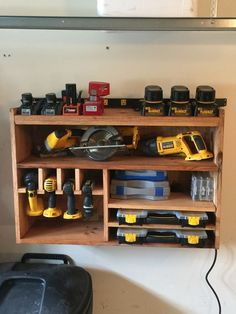 Helpful tips to create your new garage workshop. Power Tool Storage, Garage Tool Storage, Corner Storage, Workshop Storage, Garage Tools, Storage Racks, Storage Room, Woodworking Shop, Woodworking Projects