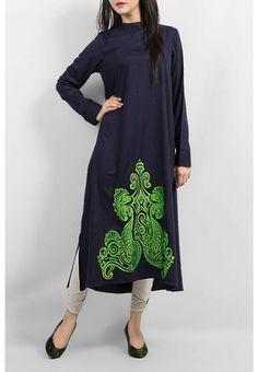 blue pakistani kurta with green design Pakistani Girl, Pakistani Dresses, Indian Dresses, Pakistani Kurta, Kurti Patterns, Dress Patterns, Trendy Dresses, Cute Dresses, Kurti Neck Designs