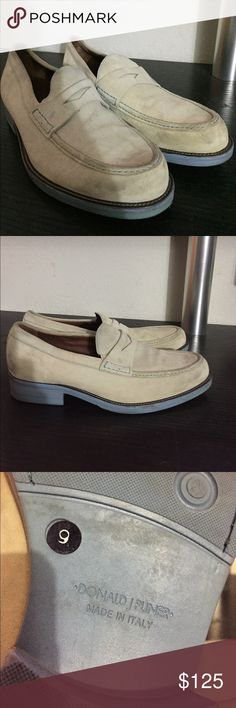 DONALD J PLINER MENS SUEDE SHOES 9 MADE IN ITALY AUTHENTIC CREAM SUEDE WITH LIGHT BLUE SOLES EUC US 9 Shoes Loafers & Slip-Ons