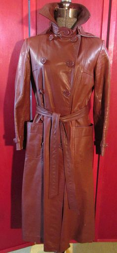 70s Vintage Leather Trench Coat with detachable Hood Size 9 Leather full length coat with belt
