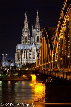 Keulen, Duitsland. https://www.hotelkamerveiling.nl/hotels/duitsland/hotel-keulen.html #keulen #duitsland