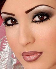 Dez dicas para a maquiagem perfeita                                                                                                                                                                                 Mais