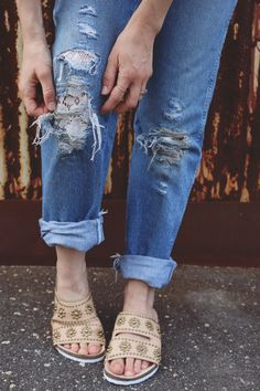 Transform Your Denim With Leather And Lace 2019 Transform your denim with leather and lace. The post Transform Your Denim With Leather And Lace 2019 appeared first on Lace Diy. Lace Jeans, Torn Jeans, Patched Jeans, Denim And Lace, Leather And Lace, Jeans Pants, Jean Sexy, Free People Blog, Do It Yourself Fashion