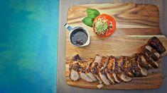 Cette recette de filet de porc au miel et balsamique a été cuisinée dans le cadre de l'émission Fous du BBQ. Rissoto, Filets, Bbq, Meat, Chicken, Food, Balsamic Vinegar, Bbq Ideas, Recipes