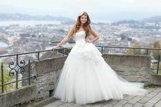 Zoro   Kollektion Sposa Zoro, One Shoulder Wedding Dress, Wedding Dresses, Fashion, Nice Asses, Bride Dresses, Moda, Bridal Gowns, Alon Livne Wedding Dresses