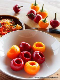 papryka-czeresniowa-nadziewana-feta-z-ziolami-w-oleju Feta, Stuffed Peppers, Canning, Vegetables, Stuffed Pepper, Vegetable Recipes, Home Canning, Stuffed Sweet Peppers, Veggies