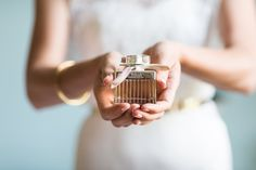 Pick Your Wedding-Day Fragrance! 10 Most Loved Bridal Perfumes!