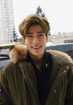 Strangers // NCT - Jung Jaehyun - Chapter 24 Why is Jaehyun so gorgeous? Winwin, Nct 127, Jaehyun Nct, Taeyong, Kpop, Baekhyun, Seoul, Nct Dream Renjun, Rapper