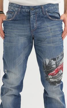 Looking for Men's Designer Jeans? Cipo & Baxx has the latest styles of Men's Ripped Jeans in Australia. Shop now on our online store! Fashion Looks, Fashion Edgy, Mens Fashion, Fashion Outfits, Fashion Tips, Fashion Design, Fashion Trends, Fashion Ideas, Blazers