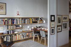 Estudio equipado con la estantería TRIA de mobles 114 #Estantetria