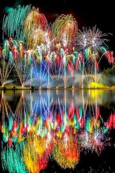 Saint-Yrieix-la-Perche in France fireworks! Reflections of the fireworks on the water! Pretty Pictures, Cool Photos, Amazing Photos, Colorful Pictures, Beautiful World, Beautiful Places, Fire Works, Jolie Photo, Wonders Of The World