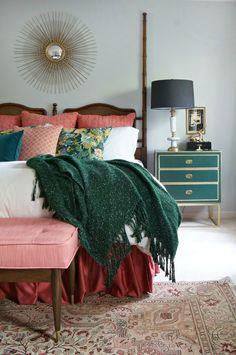 Bedroom Design: Stylish Bedroom Inspiration and Nightstand Decor Modern Bedroom Decor, Stylish Bedroom, Home Bedroom, Bedroom Ideas, Eclectic Bedrooms, Design Bedroom, Bohemian Bedrooms, Master Bedrooms, Budget Bedroom