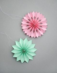 hängend deko Bastelideen aus Papier grün rosa
