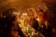 Once cataphiles threw here an unforgettable dinner party. - Night Tour In The Paris Catacombs Best of Web Shrine Catacombs Paris, Underground Bar, Paris Party, France Photos, Second Empire, Time To Celebrate, Travel Around, Night Club, Parisian
