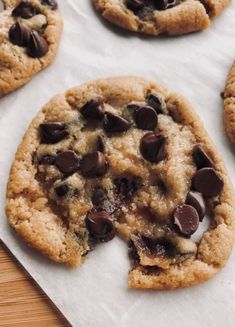 I am a chocolate chip cookie monster! My specialty is homemade choc chip cooki… I am a chocolate chip cookie monster! My specialty is homemade choc chip cookies. These look so buttery and delicious! Think Food, I Love Food, Good Food, Yummy Food, Tasty, Snacks, Snack Recipes, Dessert Recipes, Chocolate Belga