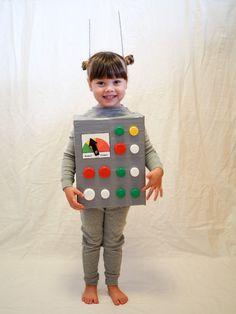 selbstgemachtes roboter kinderkostüm fasching halloween #costume #fasching #carnival