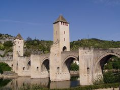 Cahors pont Valentre vgen - List of medieval bridges in France - Wikipedia, the free encyclopedia