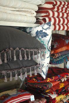 Almohadones, mantas, colchas, throws, susanis, mantas de chachemi re...