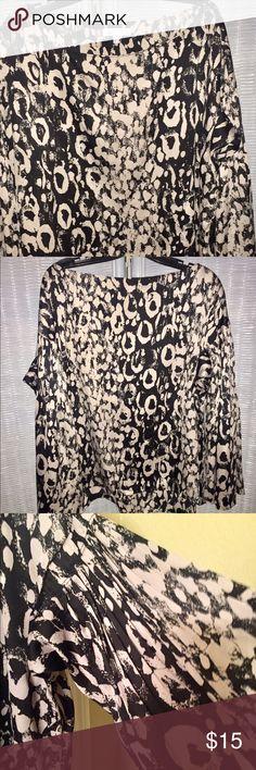 Jennifer Lopez XL 100 % Polyester Dress Shirt Jennifer Lopez XL 100 % Polyester Dress Shirt . Worn a handful of times . Jennifer Lopez Tops Blouses