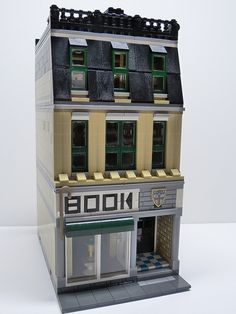 Custom LEGO Modular Shop - Shepard Books