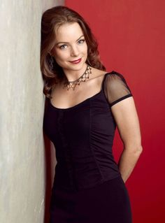 Picture of Kimberly Williams-Paisley Kimberly Paisley, Jennifer Love Hewit, Kimberly Williams, Shirtless Men, Celebs, Celebrities, Picture Sizes, Nice Tops, Movie Stars