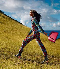 Louis Vuitton The Spirit of Travel Spring 2015 campaign featuring Liya Kebede, Julia Nobis and Maartje Verhoef were photographed by Patrick Demarchelier against the impossibly gorgeous background of St. Liya Kebede, Patrick Demarchelier, Fashion Advertising, Vogue Uk, Fetish Fashion, Barbie World, Spring Summer 2015, Black Girls, Editorial Fashion