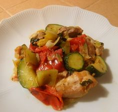 Seasonal Eating: Chicken with Peppers, Zucchini, and Tomatoes